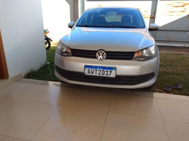 VW Voyage 1.6 2013/2014 - Prata - Foto 2