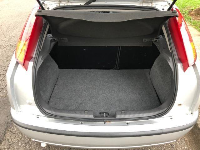 Ford Focus Hatch GLX 2.0 em excelente estado, segundo dono - Foto 11