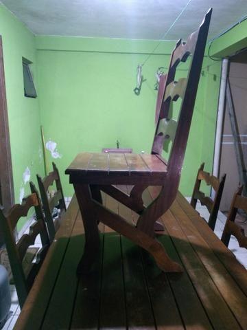 Mesa com 6 cadeiras madeira maciça de Imbuia - Foto 5