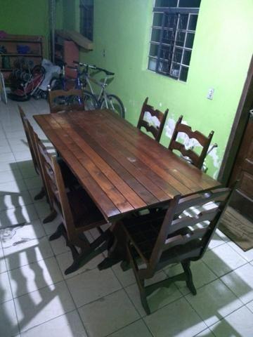 Mesa com 6 cadeiras madeira maciça de Imbuia