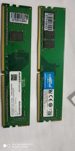 2 memórias DDR4 4GB