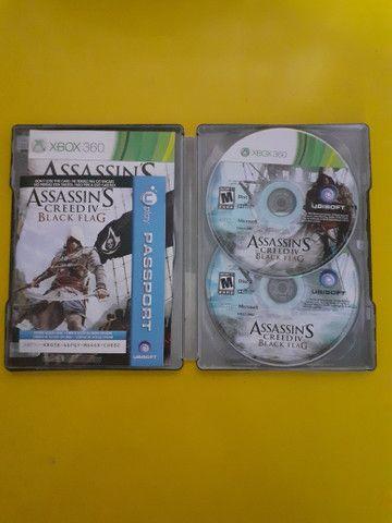 Dj Hero 2 e jogo Assassin's Creed lV Black Xbox 360 (Completo)Aceito Cartão - Foto 3