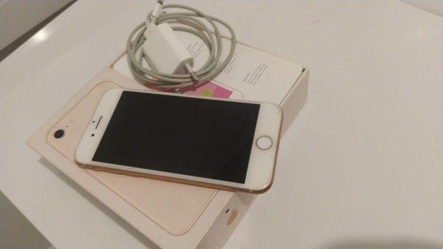 Iphone 8 barbada ótimo preço aceito cartão  - Foto 2