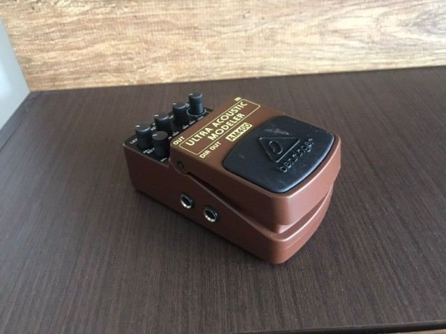 Pedal Ultra Acoustic AM400 Behringer (Simulador Acústico) - Foto 5