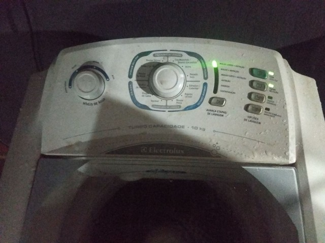 Máquina de lavar electrolux - Foto 2