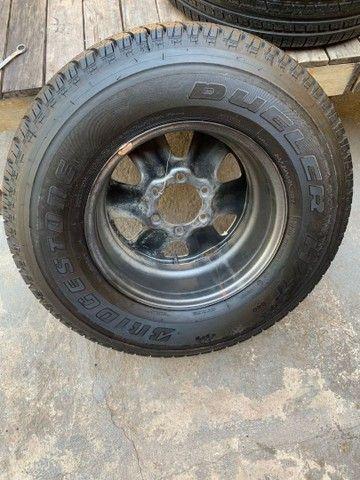 Vendo 4 pneus cada um de uma medida todos novos zero com rodas  - Foto 3
