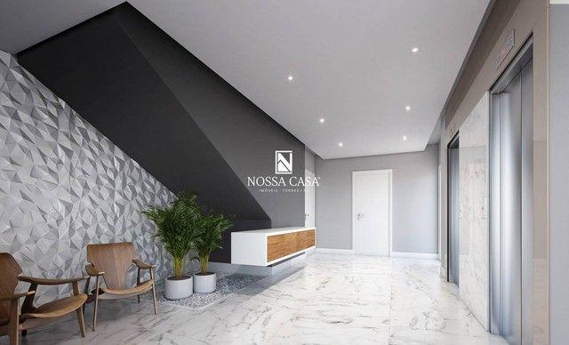 Apartamento com 03 suítes, lavabo, 02 box de garagem no Di Milano em Torres/RS - Foto 4
