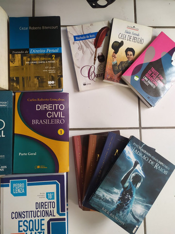 Livros de direito/ Vade mecums/ Livros paradidáticos e outros - Foto 3