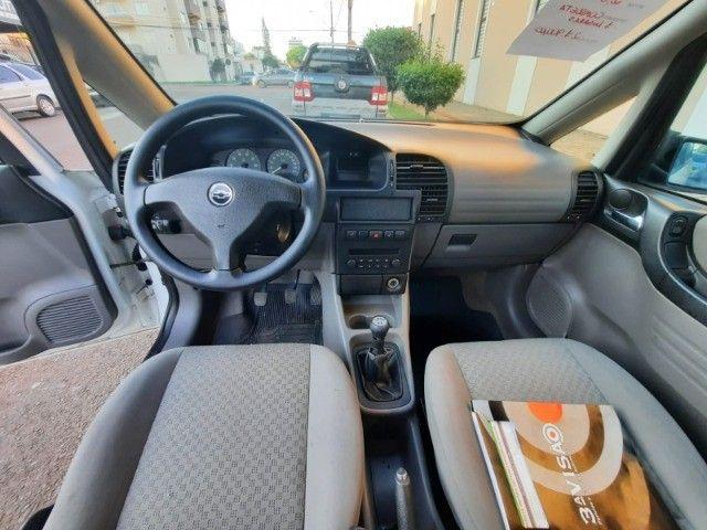 Zafira 7 lugares flex 2006 2.0 manual - Foto 10