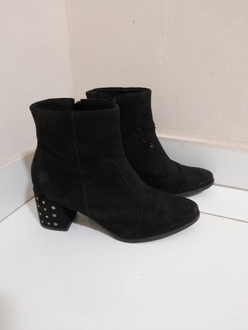 2 botas