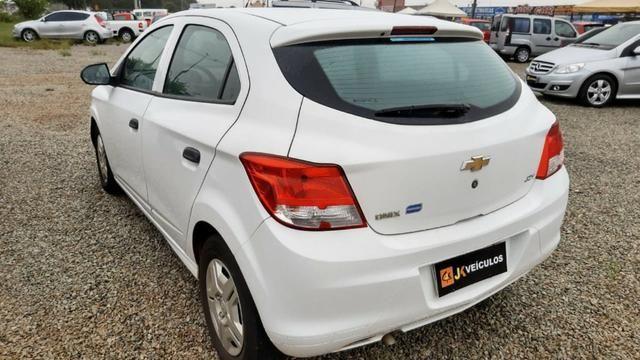 Chevrolet Onix 1.0 Joy 2018 Completo - Promoção - Leia o Anuncio Oportunidade - Foto 5