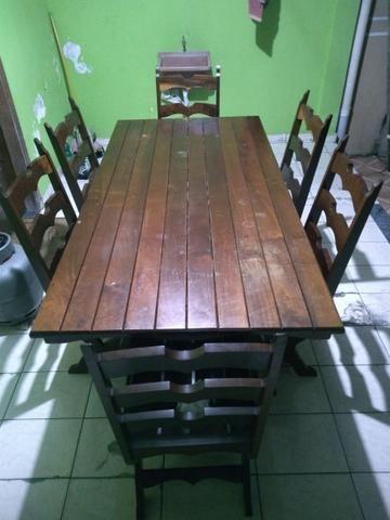 Mesa com 6 cadeiras madeira maciça de Imbuia - Foto 2