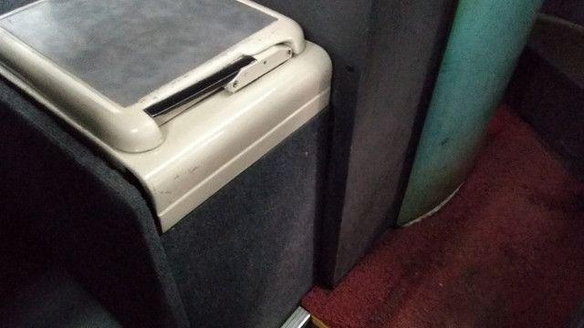 Vendo Ônibus irizar 2000/2000 46 lugares skania 124 ar condicionado executivo - Foto 13