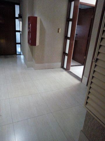 Apartamento 3 quartos, 2 garagens, no porcelanato, próx ao Goiânia Shopping - Foto 12