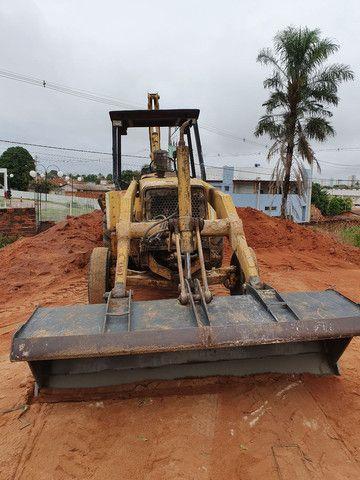 Retro Escavadeira FB80 Aracatuba