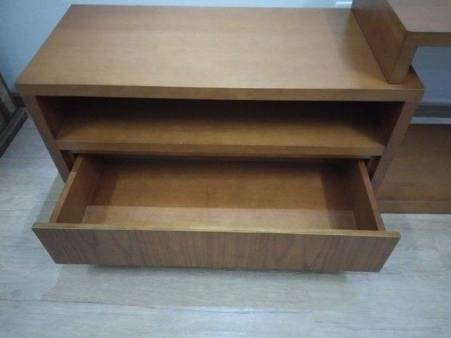 Rack de madeira elegante - Foto 4