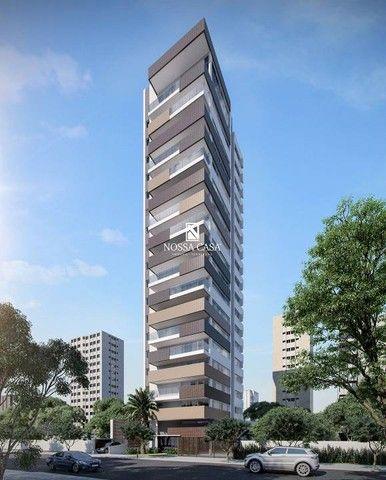 Apartamento com 03 suítes, lavabo, 02 box de garagem no Di Milano em Torres/RS