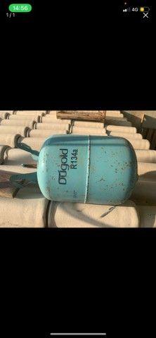 Cilindro para armazenar gás do ar condicionado