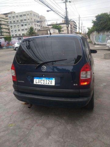 Vende carro Zafira - Foto 2