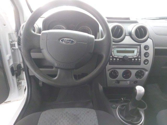 Ford Fiesta Rocan 1.6 8V 2013 branco - Foto 7