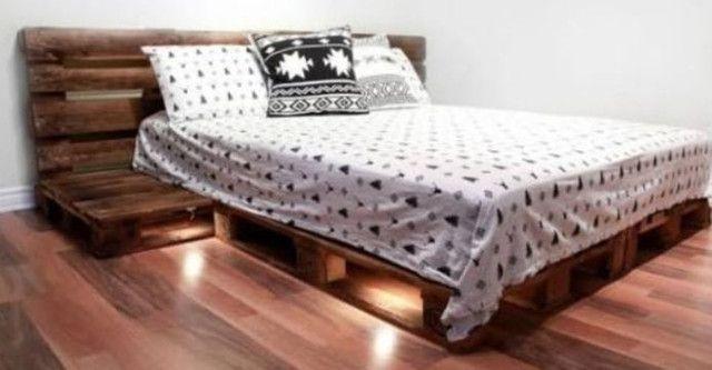 Base cama casal e cabeceira rústica