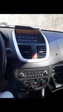 Peugeot 207 ano 2011 - Foto 17