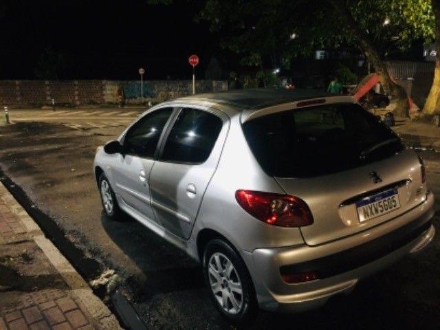 Peugeot 207 ano 2011 - Foto 11