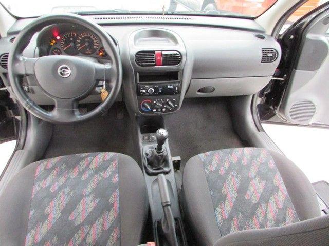 Chevrolet Corsa Sedan  Maxx 1.8 - Ano 2005 - Financio - Foto 7
