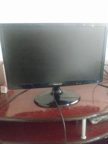 Vendo TV da marca Samsung 20 polegadas - Foto 3