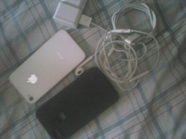 Iphone 4s completo