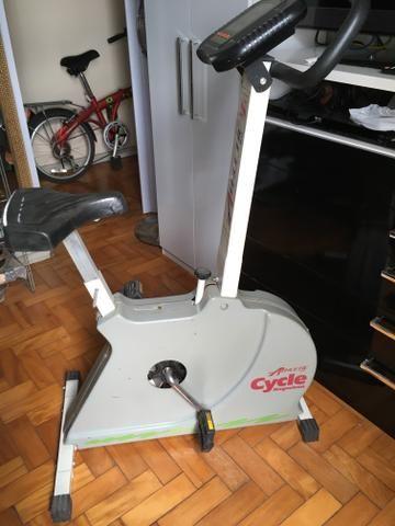 Bicicleta Ergométrica Magnética