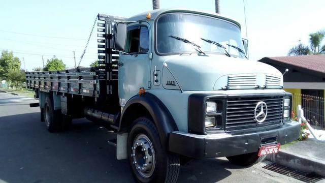 Caminhão MB 1513