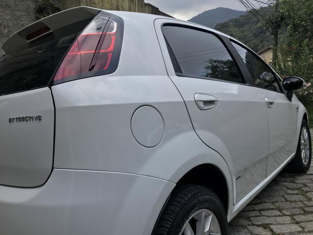 Fiat Punto Attractive Itália 1.4 Flex - Foto 6