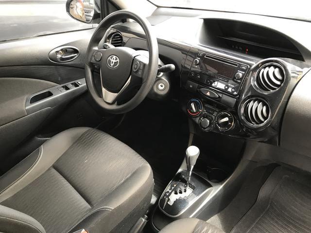 Toyota Etios Sedan XS 1.5 automático único dono! - Foto 6