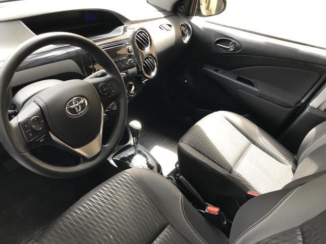 Toyota Etios Sedan XS 1.5 automático único dono! - Foto 3