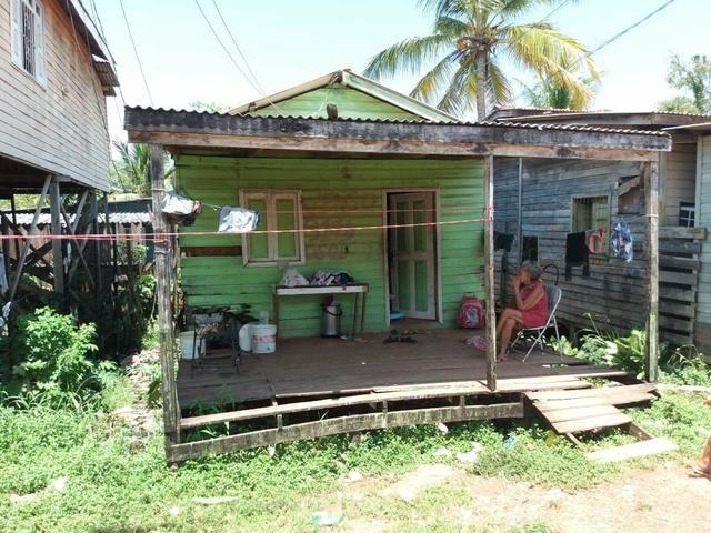 Vendo casa no Araxá 20mil na rua Equatorial - Foto 7
