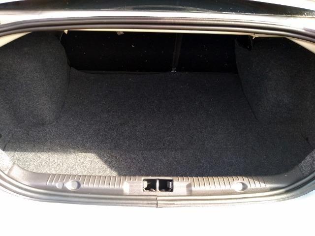 "Fiesta Sedan 1.0 Class Completo Impecável BX Km ""Impecável"" - Foto 9"