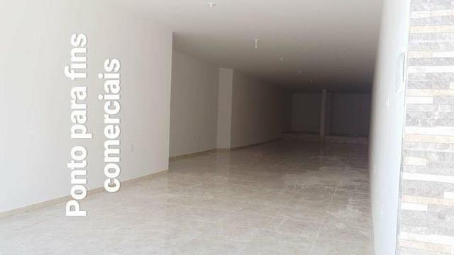 Vendo ou troco apartamento com galpão