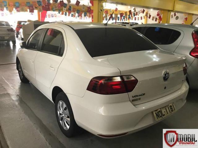 Volkswagen Voyage 1.6/1.6 City  Mi Total Flex 8V 4p - Foto 5