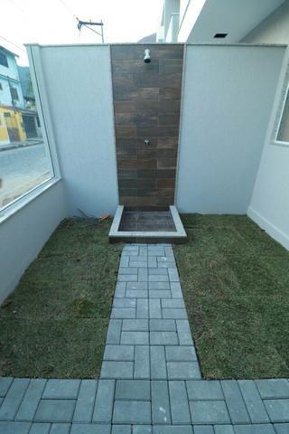 Imobiliária Nova Aliança! Vende Duplex Alto Padrão com Entrada para 2 Rua em Muriqui - Foto 18