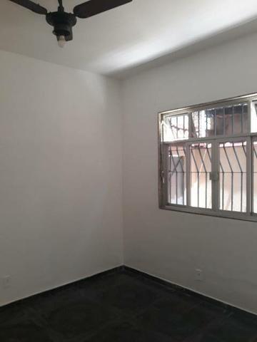Alugo excelente casa em Vila residencial.  - Foto 14