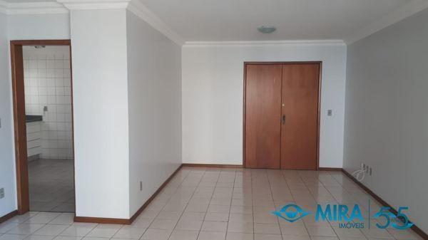 Apartamento com 3 quartos no Ed. Ione - Bairro Setor Bueno em Goiânia - Foto 5