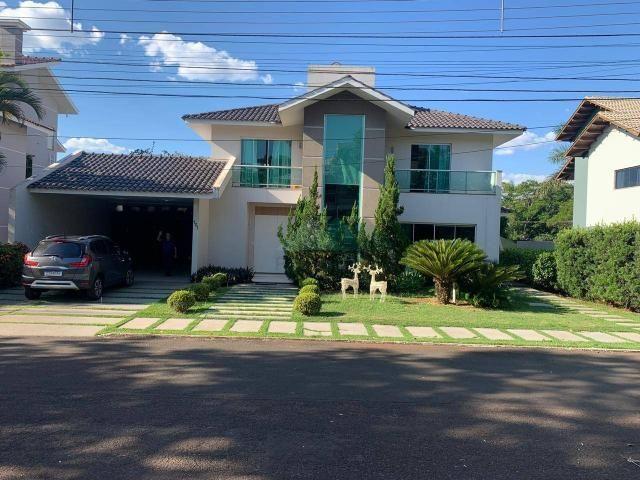 Sobrado com 4 dormitórios à venda, 316 m² por R$ 2.350.000,00 - Condomínio Residencial Sol