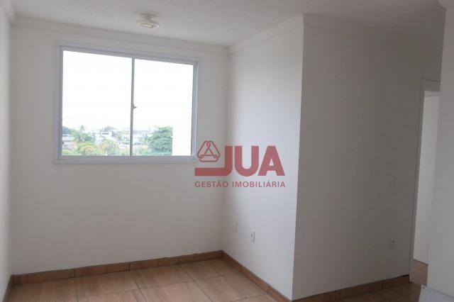 Apartamento com 2 quartos, Sala, Cozinha, Banheiro, Área de Serviço e Garagem, para alugar