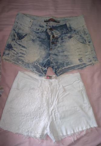 LotinhoO de shorts jeans ( Tam. 42 ) os dois por 35 reais
