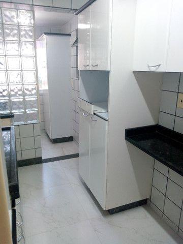 Apartamento 3 quartos, 2 garagens, no porcelanato, próx ao Goiânia Shopping - Foto 8