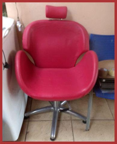 Cadeira de Cabeleireiro(a) e Maquiadores(as) - Foto 3