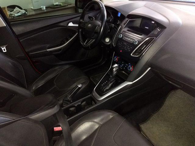 Ford Focus Hatch 2.0 Autom. Titanium Top Completo + Gnv 5 Geração - 2016 - Foto 4