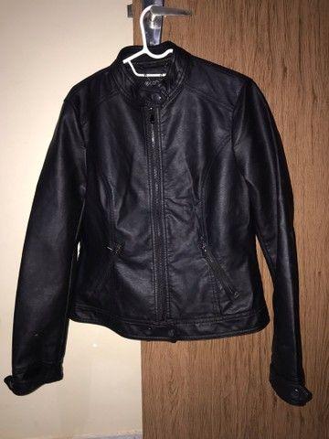 Vendo jaqueta de couro sintético RENNER TAM M - Foto 2
