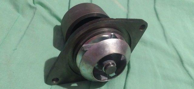 Bomba do hidraulico Ford f4000 f350 e outros e bomba d'gua Ford - Foto 2